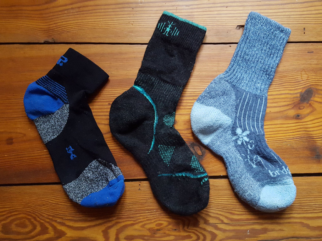 How to prevent blisters by choosing proper socks