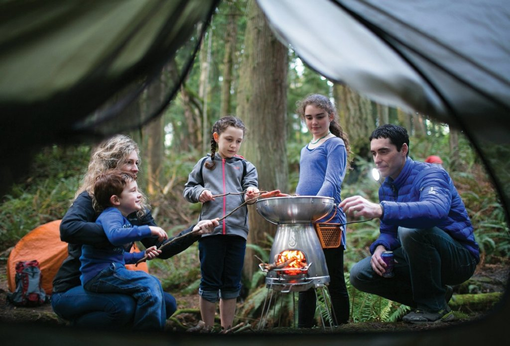 Top 10 Best Outdoor Gear for Summer Camping - BioLite Camp