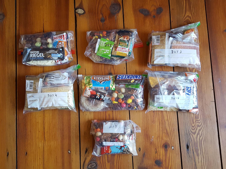 winter-hiking-food-bags